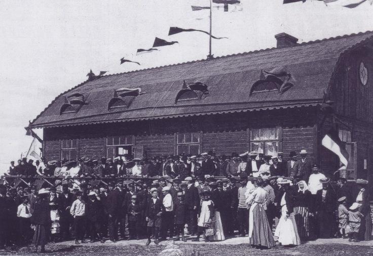 Skällarn Invigning av klubbhuset 1905